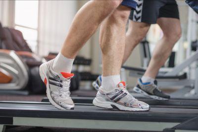 offerta abbigliamento sportivo occasione abbigliamento da palestra scarpe da ginnastica
