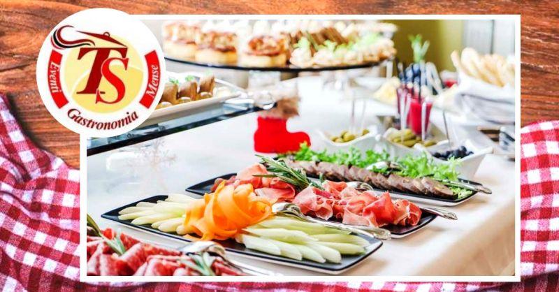Offerta realizzazione rinfreschi per eventi - occasione servizio pasti pronti per buffet Verona