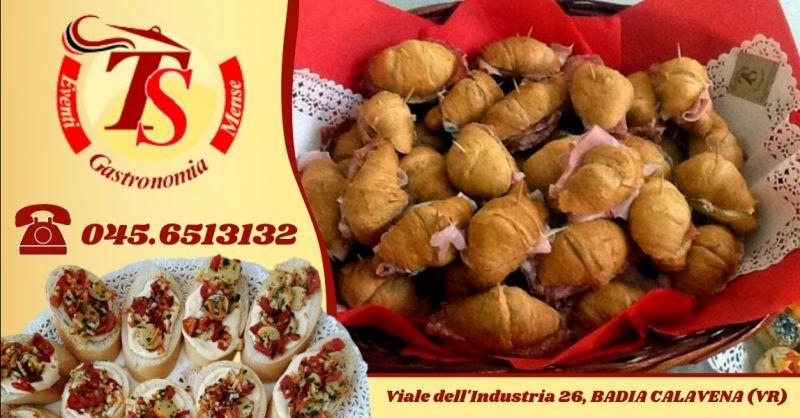 Offerta realizzazione rinfreschi per eventi - Occasione servizio catering per battesimi matrimoni provincia Verona