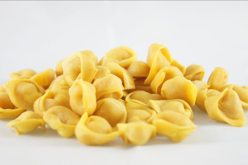 Offerta tortellini di Valeggio fatti a mano-Offerta tortellini in brodo o burro e salvia Verona