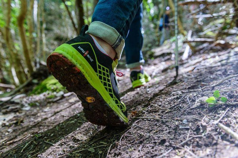 offerta vendita scarpe da montagna trekking - occasione vendita scarpe da running vicenza