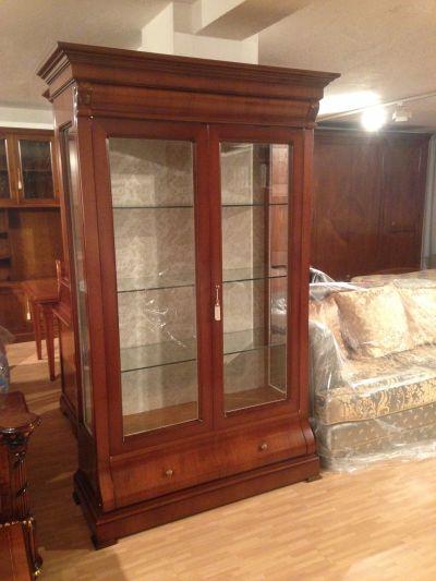 offerta promozione vetrina 2 ante in legno noce e cristallo