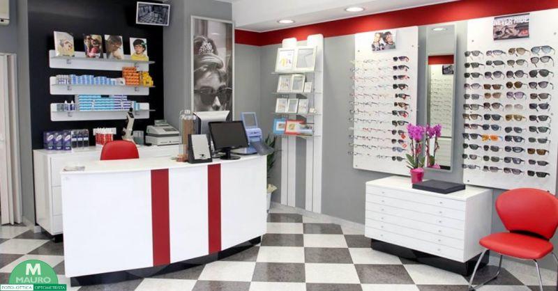 Foto Ottica Mauro occasione vendita occhiali da sole - offerta montature da vista Treviso