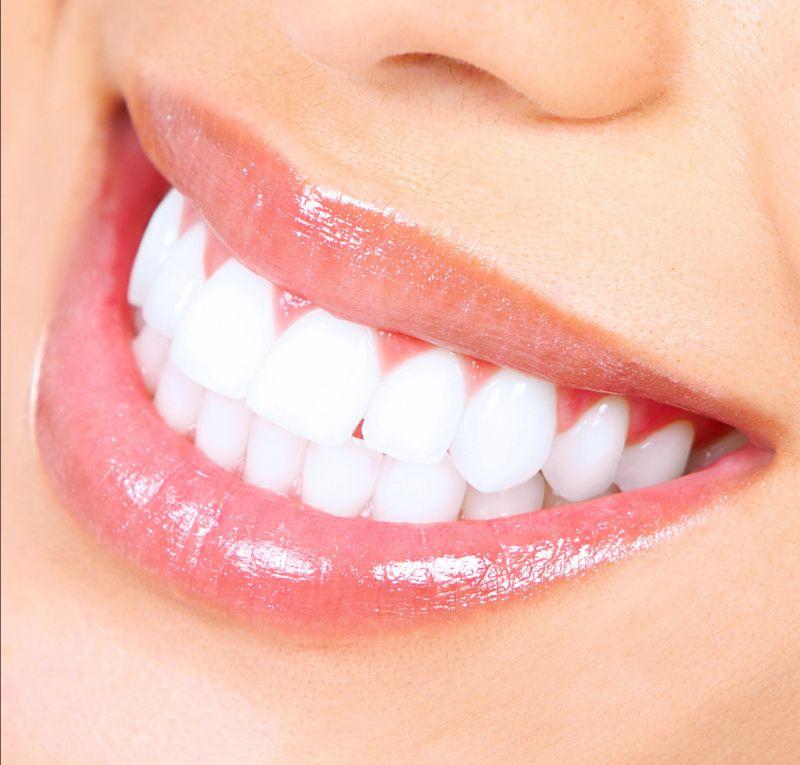 Offerta Dentista pulizia dei denti Verona - Promozione trattamenti di igiene dentale Verona