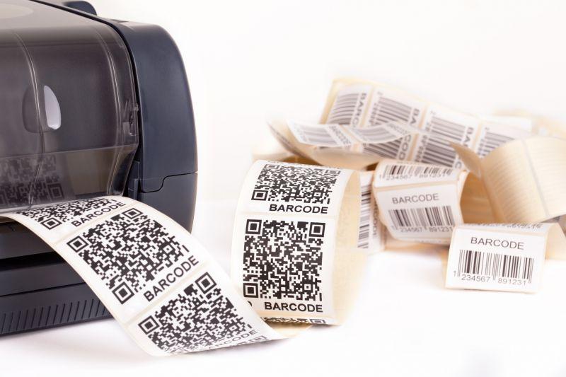 Offerta stampa di etichette con codici a barre -Stampa etichette in carta e Pvc taglio sagomato