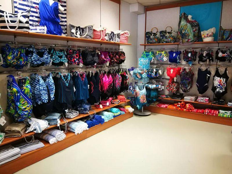 Offerta vendita costumi mare taglie grandi-Offerta Costumi uomo donna taglie conformate coppa G