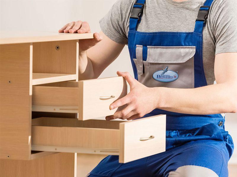 Offerta servizio di  smontaggio e rimontaggio mobili professionale - Traslochi Bevilacqua