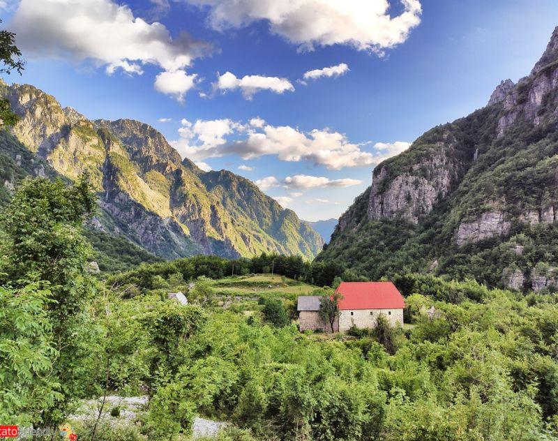 Turismo in Albania Tour e Trekking nelle Alpi