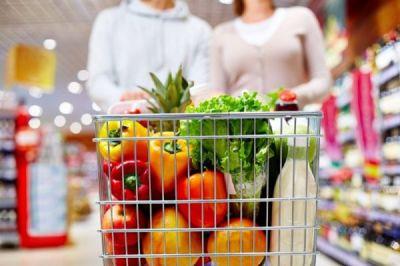 offerta supermercato prodotti alimentari tipici locali occasione negozio alimentari trieste