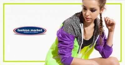 offerta abbigliamento fitness donna occasione abbigliamento da palestra donna fashion market