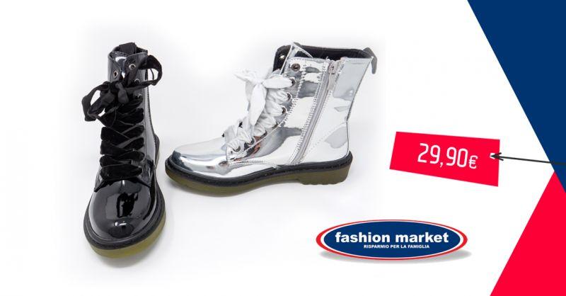 offerta Fashion Market anfibi metallizzati donna - occasione stivaletto donna argento