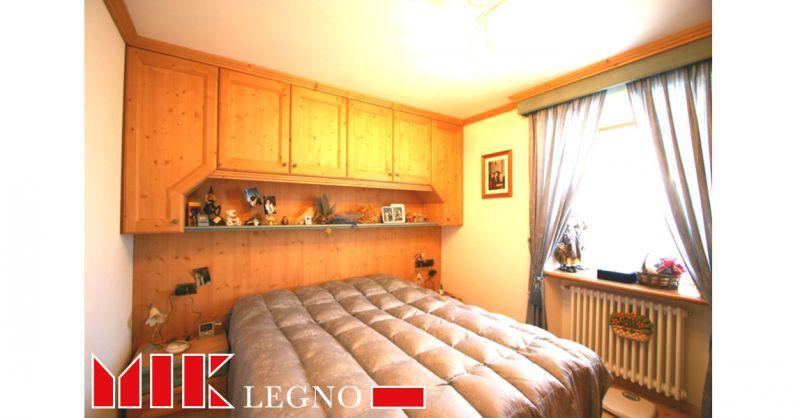 Offerta realizzazione e restauro di camere e camerette in legno Belluno
