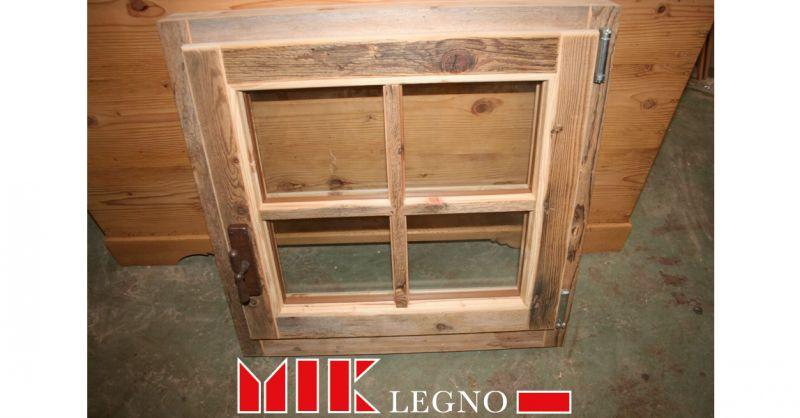 Offerta realizzazione e restauro di infissi e serramenti in legno Belluno