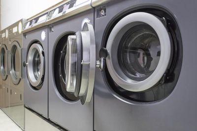 a piacenza lavanderia self service