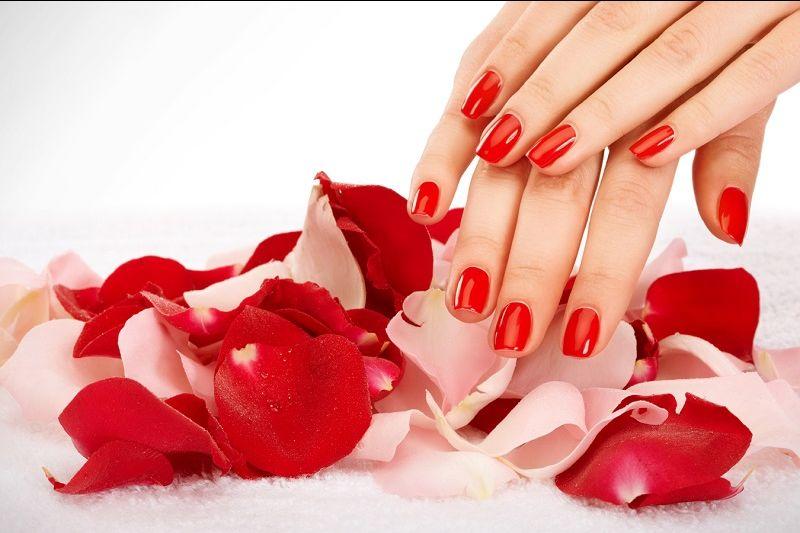 offerta pedicure curativo ed estetico - occasione smalto semipermanente piedi e mani vicenza