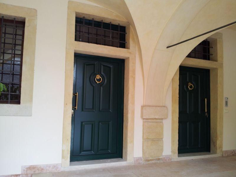 Offerta produzione porte di ingresso a isolamento termico - Installazione porte Negrar Verona