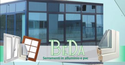 promozione installazione vetrine per negozi offerta realizzazione vetrate commerciali verona