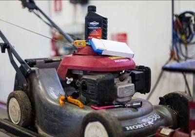 offerta riparazione tagliaerba promozione assistenza manutenzione macchine da giardinaggio