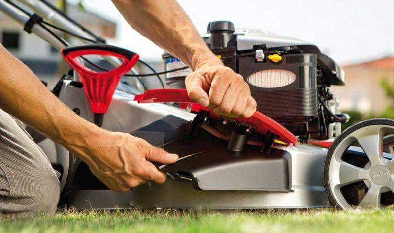 assistenza e ricambi macchine da giardinaggio-assistenza macchine mcculloch husqvarna