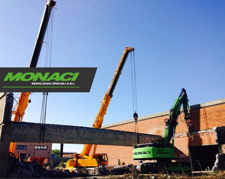 offerta decostruzione smontaggio manuale e meccanico-promozione demolizione specializzata