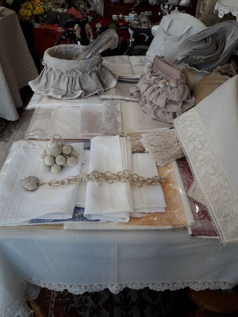 offerta tovaglie lenzuala ricamate a mano - occasione realizzazione ricami su asciugamani