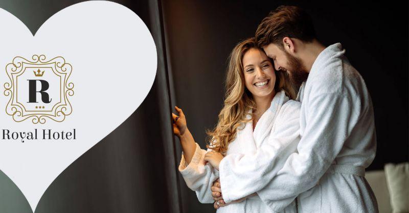 Offerta vacanza fuga romantica per 2 persone a Porto Cesareo - Hotel Royal