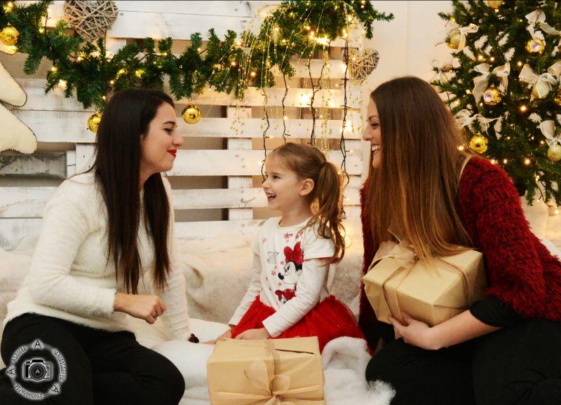 Offerta servizio set fotografico in studio famiglia bambini natale capodanno aradeo lecce