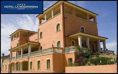 albergo madonnina offerta pernottamento albergo con piscina occasione hotel con sauna olbia