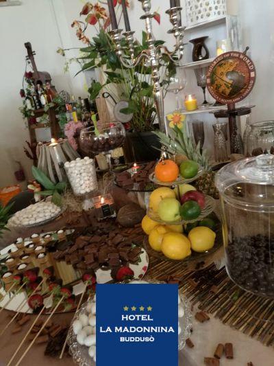 offerta cena romantica sardegna occasione weekend romantico hotel la madonnina