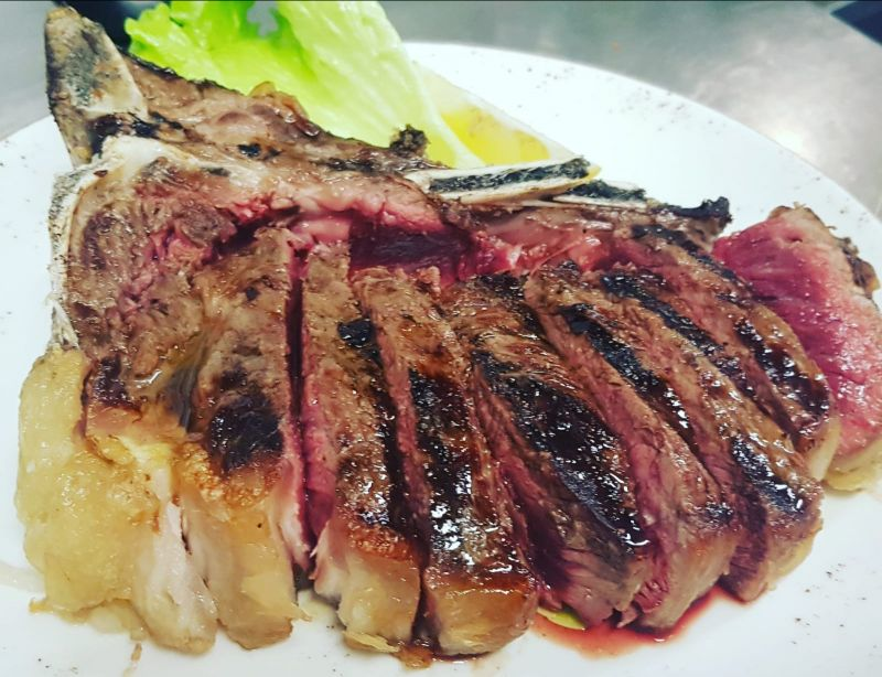 offerta bistecca alla brace cotta forno a legna versilia - bistecca alla brace versilia