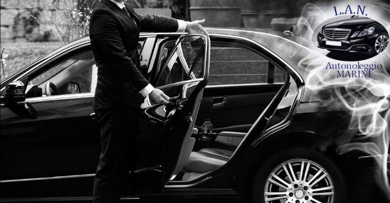 Offerta Servizio taxi privato Milano - Occasione Noleggio limousine con conducente Milano