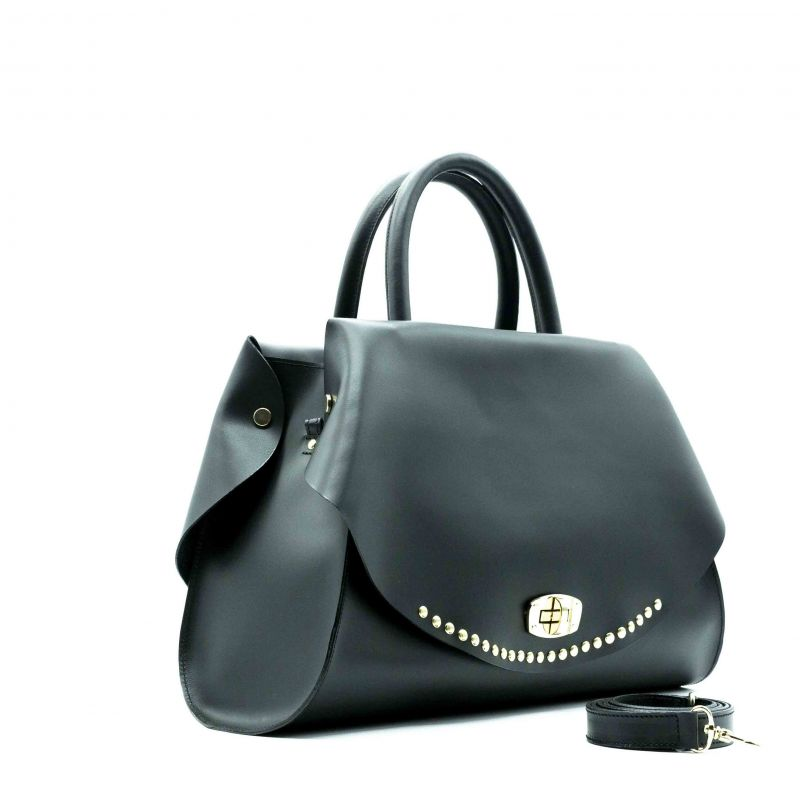 083e1d8af4 Borsa donna in pelle Capri nera con borchie