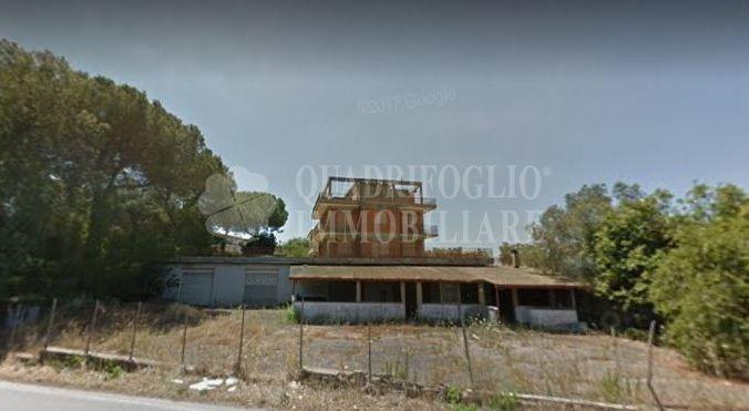 Offerta vendita casa indipendente Laurentina - occasione locale commerciale in vendita Pomezia