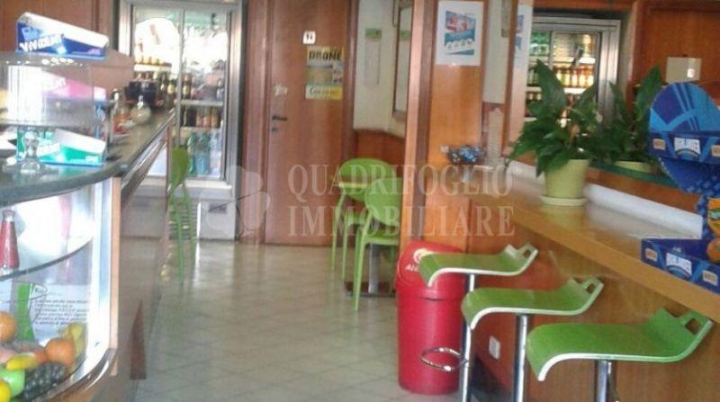 Offerta vendita attività bar Prenestino - occasione bar in vendita Via Acqua Bullicante Roma