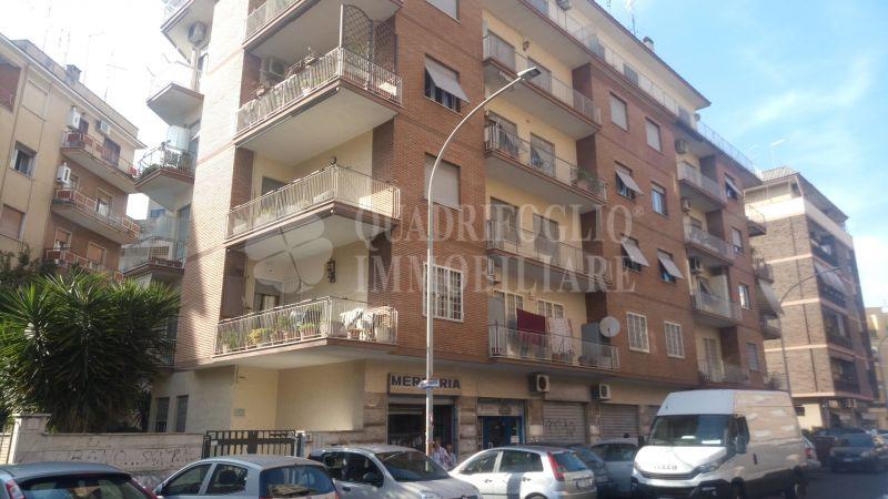 Offerta vendita appartamento Centocelle - occasione trilocale in vendita Via dei Rododendri