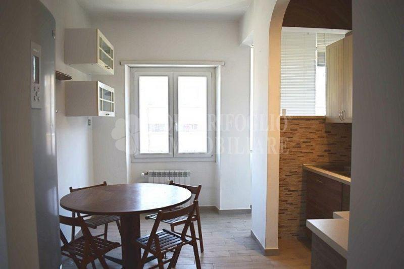 Offerta vendita appartamento Ostia Centro - occasione trilocale in vendita Via delle Baleari
