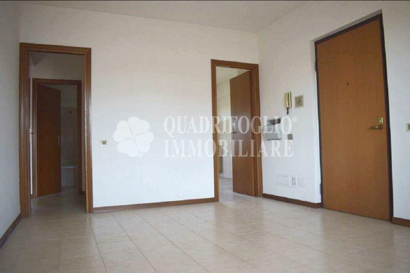 Offerta vendita appartamento Dragona - occasione trilocale vendita Via Ottaviano Ubaldini Roma