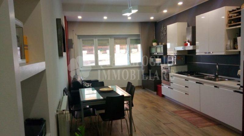 Offerta vendita appartamento Collatina - ocassione trilocale in vendita Villa Gordiani Roma