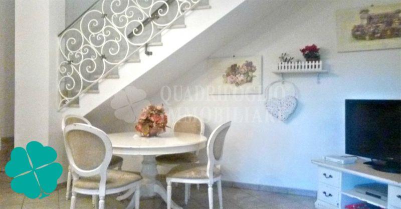 Quadrifoglio Immobiliare offerta villino a schiera di testa Roma zona Prato Fiorito
