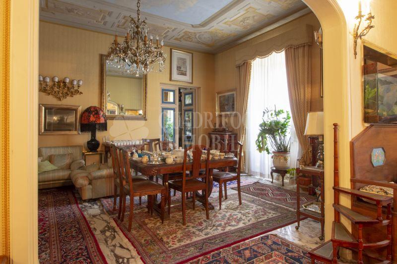 Offerta vendita appartamento Fori Imperiali - occasione ampio immobile in vendita Via Cavour