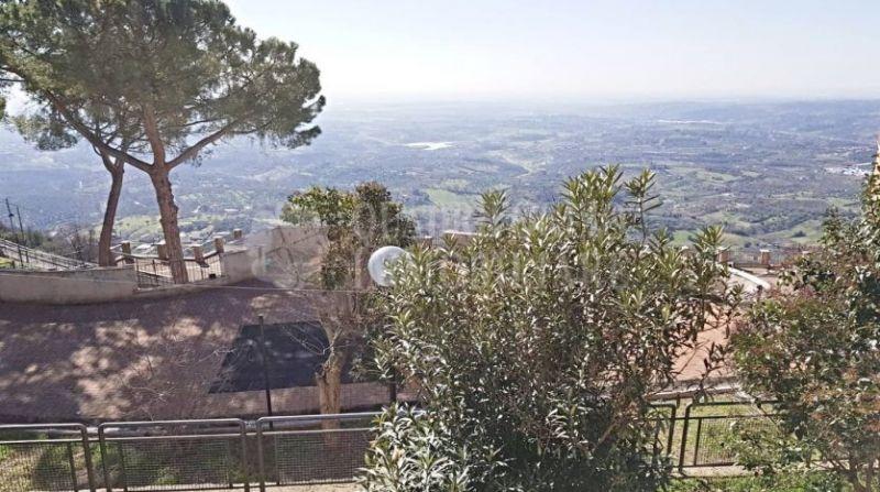 Offerta vendita appartamento Sant'Angelo Romano-occasione trilocale in vendita Via Pierdominici