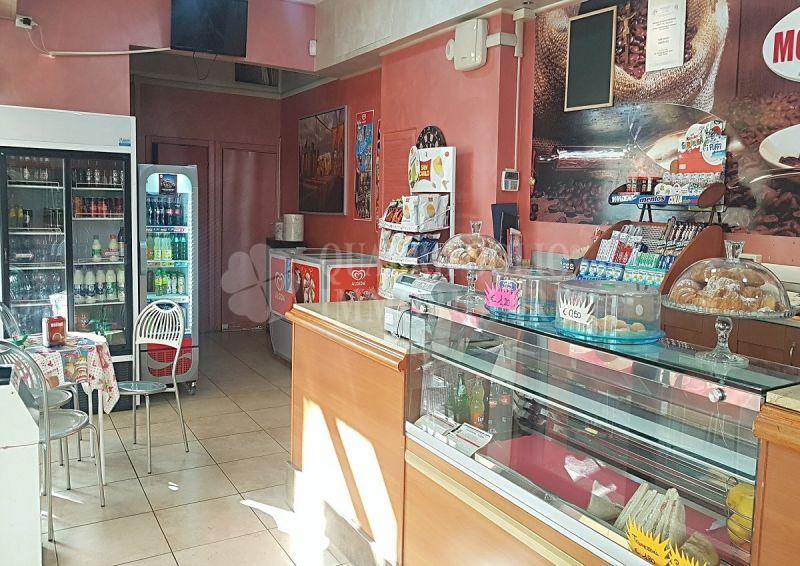 Offerta vendita bar Acilia - occasione bar vendita Residenza San Giorgio Via Telemaco Signorini