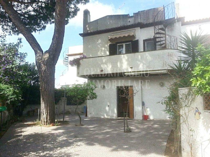 Offerta vendita villino bilivelli Pomezia - occasione plurifamiliare in vendita Campo Ascolano