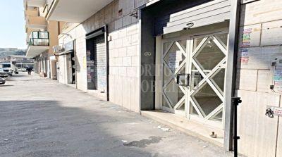 offerta affitto locale commerciale centocelle occasione negozio in affitto via delle ninfee
