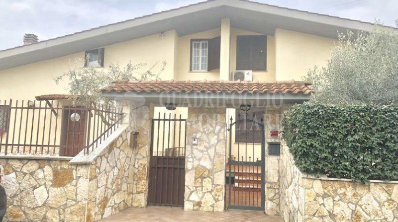 Offerta vendita villa Marco Simone - occasione bifamiliare su due livelli vendita Via Svetonio