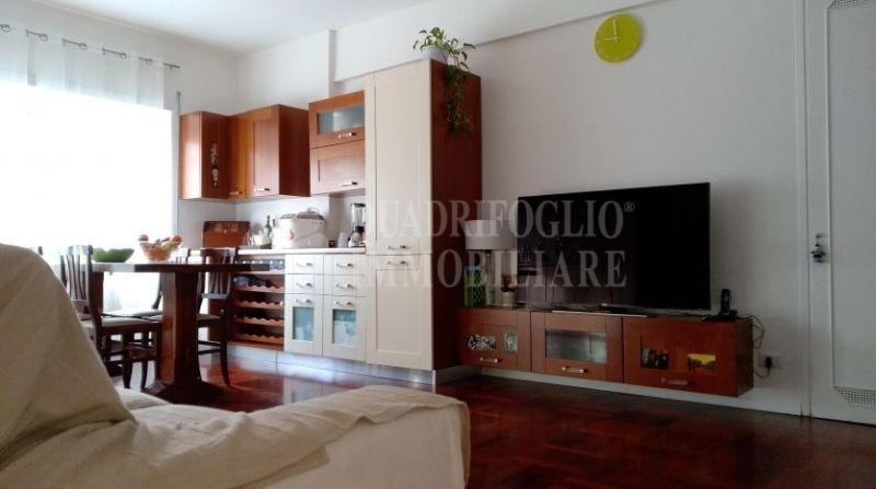 Offerta vendita appartamento Acqua Bullicante-occasione trilocale vendita Via Acqua Bullicante