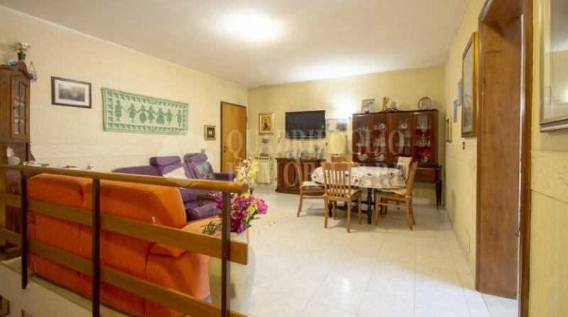 Offerta vendita appartamento Grotte Celoni-occasione immobile bilivelli vendita Via Tito Monaci