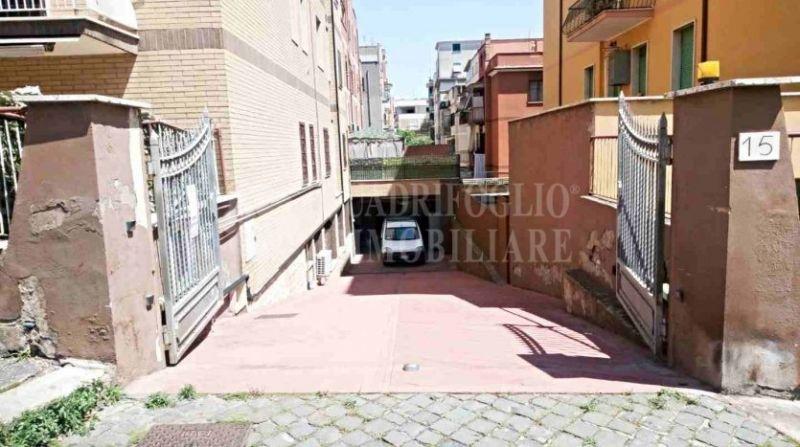 Offerta vendita locale C/2 Centocelle - occasione magazzino in vendita adiacente Via Casilina