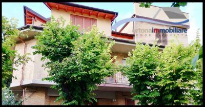 ortonaimmobiliare offerta vendita villa con taverna e garage e terrazze vista mare ad ortona