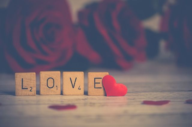 Romantica cena per due a San Valentino- provincia di pisa pacchetto con camera matrimoniale